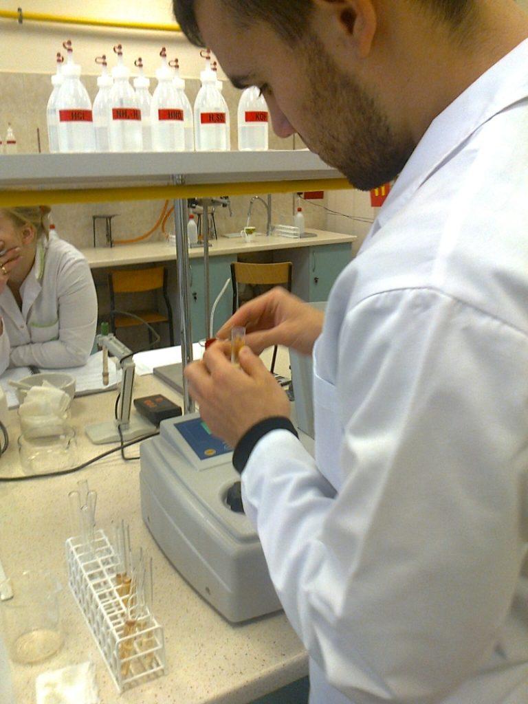 Technicy farmacji w akcji